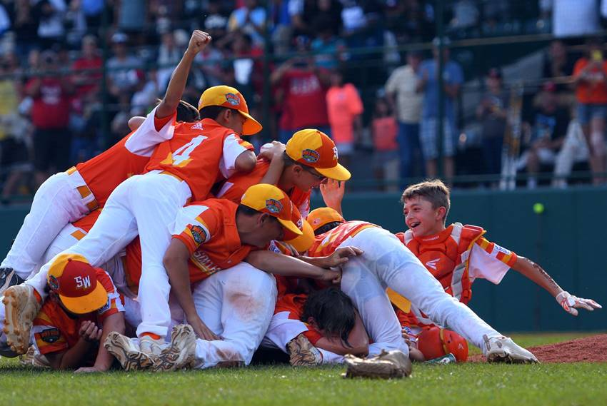 Eastbank wins LLWS