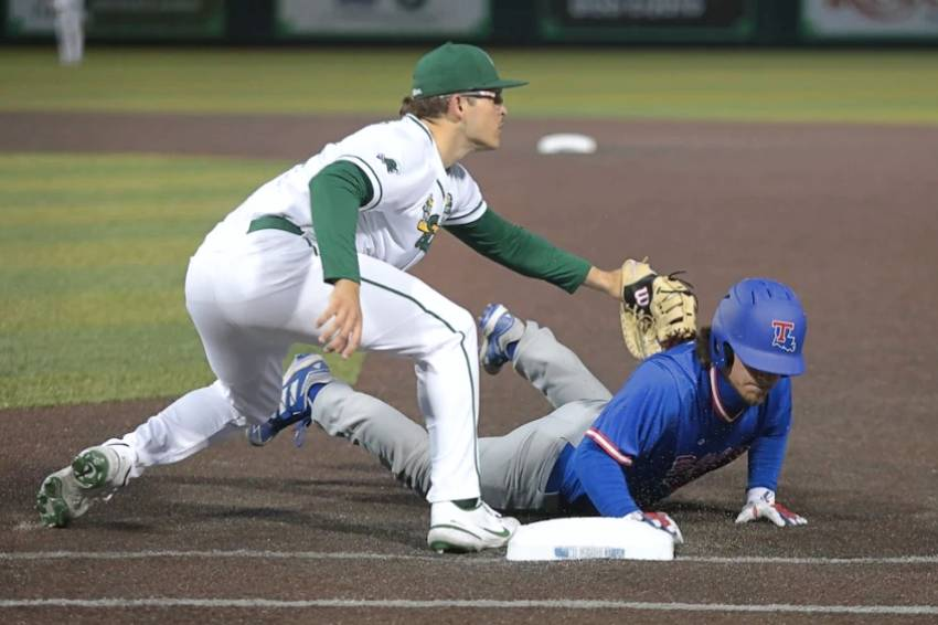 Louisiana Tech downs Tulane in series opener, 2-0